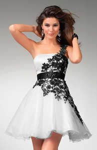 GORGEOUS WHITE/BLACK LACE PARTY DRESS RIBBON BACK