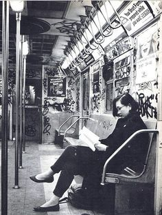 Amazing photos from NYC Subways in the 70's and 80's, how much things have changed.