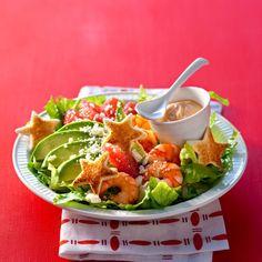 Servies au moment de l'entrée, ou bien en plat unique, nos salades vont vous faire aimer l'hiver. 50 recettes faciles, gourmandes et vitaminées pour se régaler.