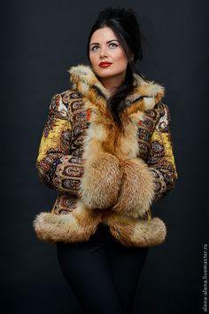 """Купить Зимнее пальто """"Фаворитка"""". - цветочный, фаворитка, павловопосадский платок, одежда из платков, зимняя одежда"""