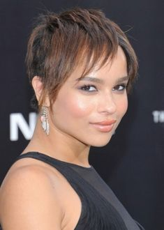 93. Zoë Kravitz African American Hairstyle: Layered razor cut American actress, singer and model Zoë Kravitz looks absolutely stunning with her short, layered razor cut. She seems to have picked up on her dad Lenny Kravitz's effortless style, because she looks confident and carefree with her sexy casual 'do.