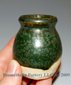 Promethean Pottery - Glossary of Glazes; copper crystals in glaze 2