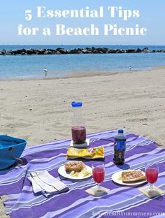 Planning a beach picnic? I've got 5 Essential Tips to help you have the best picnic ever! Read more at InSearchOfYummyness.com