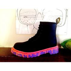 Made a start on these little Dm's last night. #drmartens#drmartenstyle#customs w/ @ready2401