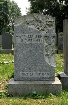 """Typhoid Mary"" Mallon - carrier of typhoid fever. Presumed to have infected 51 people,over the course of her career as a cook, was twice forcibly isolated by public health authorities and died after nearly 30 yrs in isolation. Cemetery Monuments, Cemetery Statues, Cemetery Headstones, Old Cemeteries, Cemetery Art, Graveyards, Saint Raymond, Famous Tombstones, Famous Graves"