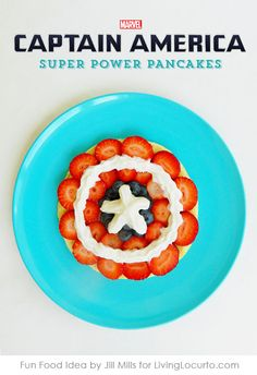 Captain America Pancakes make breakfast SUPER fun! Feel the power with this easy recipe for Captain America's shield made out of fruit. A perfect quick breakfast for kids or a make your own pancake station at an Avengers party. How To Make Breakfast, Breakfast For Kids, Breakfast Recipes, Birthday Breakfast, Pancake Recipes, Eat Breakfast, Toddler Meals, Kids Meals, Easy Meals