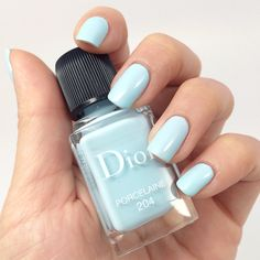 The RAEviewer - A blog about luxury and high-end cosmetics: Dior Spring 2014 Vernis in 204 Porcelaine and 192 Pampille Nail Polish Review, P...