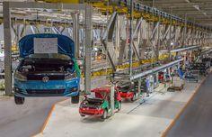 Canadauence TV: Volks deixa de produzir 35 mil carros por falta de...