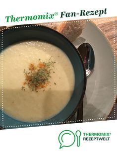 Kohlrabi-Creme-Suppe Ruck Zuck Kohlrabi Cream Soup Ruck Zuck by A Thermomix ® recipe from the Soups category www.de, the Thermomix® Community. Easy Desserts, Dessert Recipes, Soup Recipes, Cabbage And Potatoes, Diy Snacks, Cream Soup, Pumpkin Recipes, Diy Food, Summer Recipes