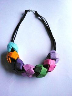 paper necklace
