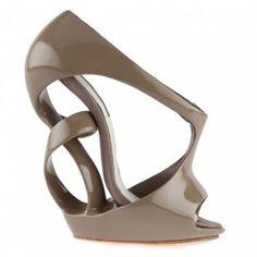 Future Fashion, Footwear, Victoria Spruce, futuristic shoe, modern, futuristic style, unique, strange, futuristic fashion by FuturisticNews.com