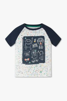 Short sleeve T-shirt - organic cotton – comfy fashion, great prices Clothing Store Displays, Boys Wear, Summer Boy, Patterned Carpet, Tee Design, Design Art, Boys T Shirts, Kids Fashion, Fashion 2020