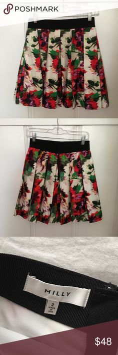 Milly pleated floral print skirt with pockets Adorable skirt! Like brand new condition!! Has pockets! Milly Skirts