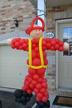 Do you have a burning desire to give your son a great birthday WHOOPEE? Scrutinize these boy's fireman birthday party decoration ideas. Fireman Party, Firefighter Birthday, Fireman Sam Cake, 3rd Birthday Parties, Birthday Party Decorations, 4th Birthday, Birthday Ideas, Craft Party, Baby Shower