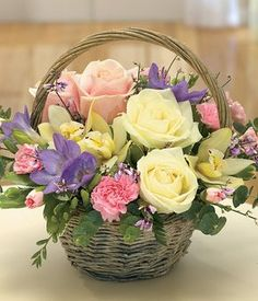 Quest For Contentment: Flower Arrangements: Ikebana, Tropical and Contemporary Basket Flower Arrangements, Beautiful Flower Arrangements, Fresh Flowers, Silk Flowers, Spring Flowers, Floral Arrangements, Beautiful Flowers, Flower Baskets, Purple Flowers