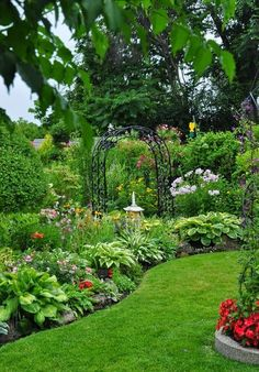 Two words to describe this garden - 'Inviting' and 'Sensory' with all the different shapes and textures of the plants and flowers.