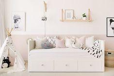 40 Cute Bedroom Decor Ideas for Girls 40 Sweetest Bedding Ideas For Girls' Bedrooms Decor 15 Lit Hemnes Ikea, Ikea Hemnes Daybed, Hemnes Day Bed, Cute Bedroom Decor, Pretty Bedroom, Ikea Bedroom, Bedroom Ideas, Girls Bedroom Furniture, Bedroom Dressers