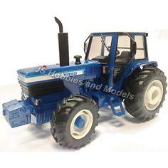BRITAINS FARM Ford TW30 Model Tractor - 1:32 Scale  BRI 42841 #Britains #Ford