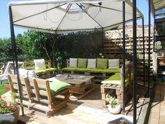 DIY Pallet #Patio Furniture - Pallet Deck | 101 Pallet Ideas