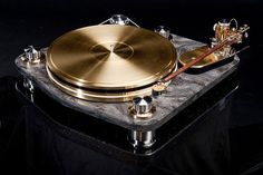 Jakutis Turntable 👌🏽 🎶#turntable #directdrive #highendhifi #highendaudio #vinylig #turntables #vinylporn #analog #vinyligclub #vinyladdict…