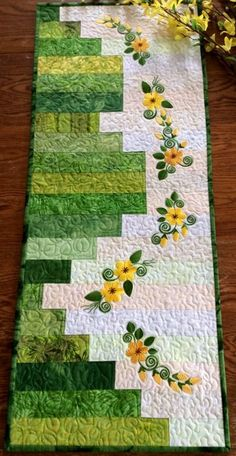 Days Quilted Table Runner with machine embroidery - Advanced Embroidery De. -Sunny Days Quilted Table Runner with machine embroidery - Advanced Embroidery De. Machine Embroidery Patterns, Machine Quilting, Quilt Patterns, Embroidery Ideas, Embroidery Jewelry, Embroidery Thread, Embroidery Purse, Canvas Patterns, Embroidery Applique