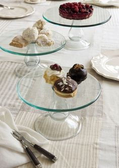 cristal cake stands by wonderful911