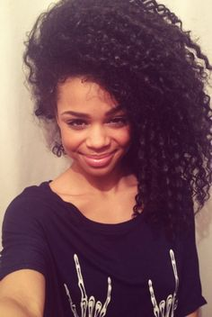 My HAIRspiration for the day: BIG hair http://mynaturalreality.com/?p=1930