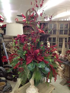 Pretty flower arrangement.   #Christmas #decor
