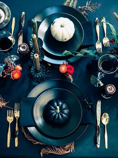 7 Inspiring Halloween Tablescapes to Get You in the Spirit | MyDomaine