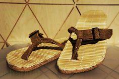 Risultati immagini per sandali riciclati