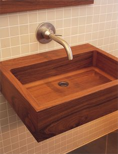The Teak Wood Geo Basin Bath Sink by William Garvey is a handcrafted rectangular teak wood sink with rounded inner corners. Made in England. Wood Sink, Wood Bath, Wooden Bathroom, Bathroom Basin, Teak Wood, Bathroom Pink, Design Bathroom, Deep Bathtub, Japanese Bathroom