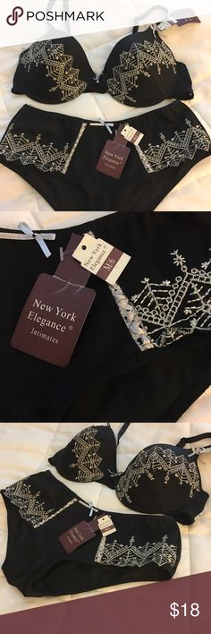 Bra and Panty Set - 36B & Size 6 panty-Black/White New York elegance intimates- Bra and Panty Set - 36B & Size 6 panty-Black/White - Beautiful embroidery on bra and panties. New York Elegance Intimates & Sleepwear Bras