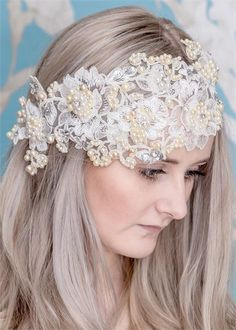 Lace and pearl floral wedding headpiece #hair #wedding #beauty
