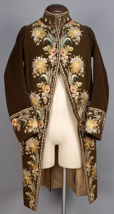 GENTS FRENCH EMBROIDERED WOOL COAT, 1773-1794.