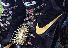 "THE SNEAKER ADDICT: Nike LeBron 11 ""Watch The Throne"" Mache Customs Sn..."