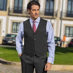 6e708601d8706e Traveller Anzug-Weste (Baukasten-System-Anzug), grau zum fairen Preis im  Daniels & Korff Shop bestellen.