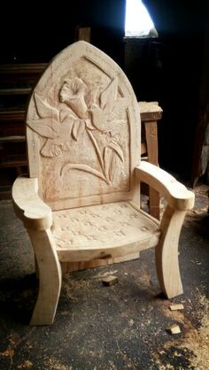 Memorial chair in sweet chestnut