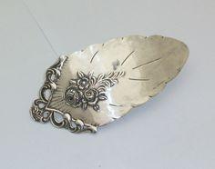 Antike Haarspange mit antikem Blumenmuster HS109 von Atelier Regina auf DaWanda.com
