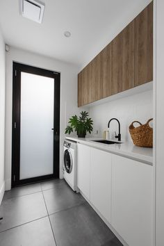 Laundry Room Tile, White Laundry Rooms, Laundry Cabinets, Modern Laundry Rooms, Laundry Room Storage, White Rooms, Open Plan Kitchen Living Room, Kitchen Sets, Kitchen Under Stairs