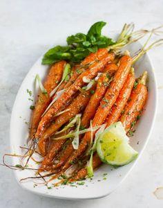 Roasted Spiced Carrots | www.fabulishliving.blogspot.com