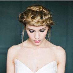 'Kate Inspired' seriously sexy  #bridalmakeupartist #bridemakeup #weddingmakeup #weddingmakeupartist #hairandmakeup #bridalmagazine #unveiled #glowingmakeup #smokeyeye #glowingskin #dewyskin #glamourmakeup #classicmakeup #rockchick #professionalmakeuparti Bridal Eye Makeup, Wedding Day Makeup, Wedding Makeup Artist, Bride Makeup, Hair Makeup, Makeup Inspiration, Makeup Ideas, Makeup Artist Portfolio, Makeup Trial