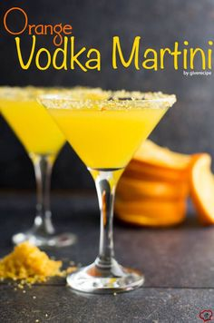 The BEST cocktail to toast spring! Very easy to make. Feel refreshed with this orange flavored martini. | giverecipe.com | #martini #cocktail