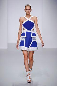 David Koma at London Fashion Week Spring 2014 - Livingly