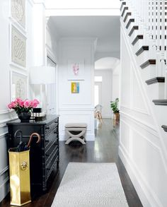 Design Trend 2017: A bright and beautiful entryway with timeless character.