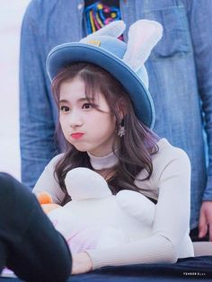 FOLLOW ME FOR MORE. K Pop, Kpop Girl Groups, Korean Girl Groups, Kpop Girls, Nayeon, Sana Cute, Sana Momo, Sana Minatozaki, Chaeyoung Twice
