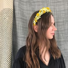 At times simple is more effective. Beautiful Laura wearing a crown with achillea and limonium. Achillea, Flower Crowns, Times, Simple, Flowers, How To Wear, Beautiful, Fashion, Moda