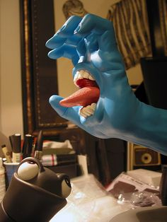 Screaming Hand | Original Colorway | Artist: Jim Philips | Toy Maker: Made By Monsters |