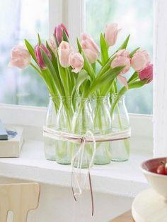 Deco Floral, Floral Design, Flower Decorations, Table Decorations, Spring Decorations, Fleurs Diy, Deco Table, Ikebana, Easter Crafts