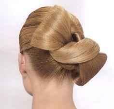 Hairstyle : ribbon. Love!