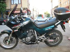 Honda / XL 600 Transalp green